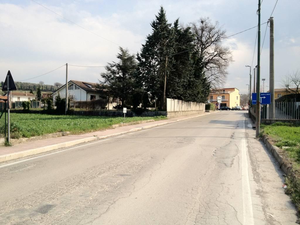 Terreno edificabile a mirabella eclano casagrin case for Piani di garage con deposito rv