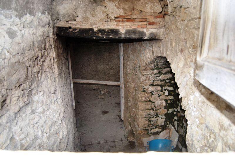 Rustico nel caratteristico centro storico di gesualdo for Case dall aspetto rustico