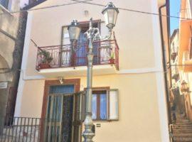 Casa con vista panoramica nel centro di Montemiletto