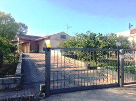 Casa indipendente con giardino a Ceppaloni