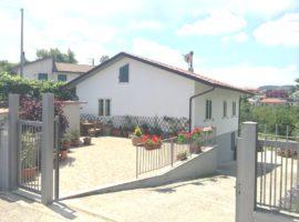 Villa con terreno nel centro di Montemarano