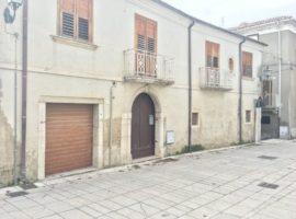 Casa indipendente con giardino a San Potito Ultra