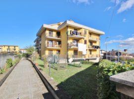 Appartamento con terrazzo e box a Venticano