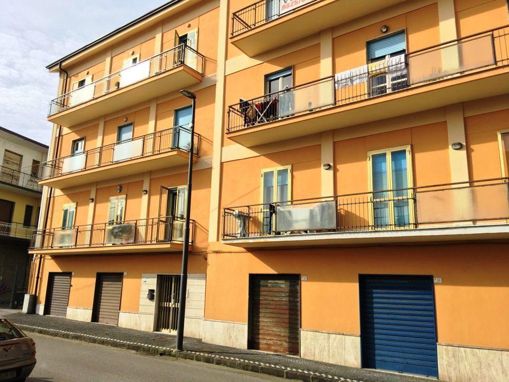 appartamento- Atripalda-box auto