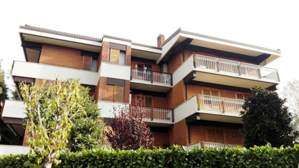 appartamento in Parco Capozzi con ampio giardino condominiale