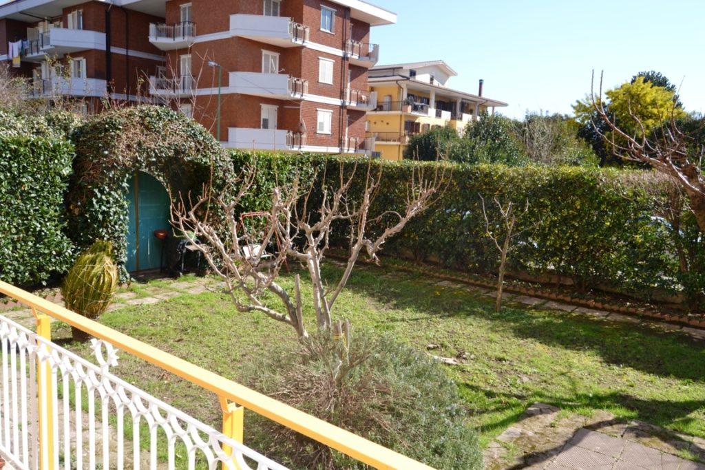 appartamento con giardino mercogliano avellino