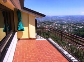 Appartamento con terrazzo a Montemiletto
